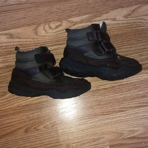 Carter's Snow Boots Size 10